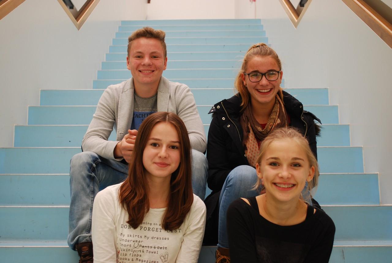 Lucas Güll, Karina Titze, Hannah Ewert und Emeliies Webhofer vertreten unsere Schule im Jugendkreisrat Freising.